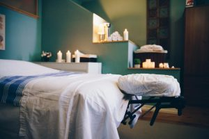 La table de massage doit être confortable pour le client